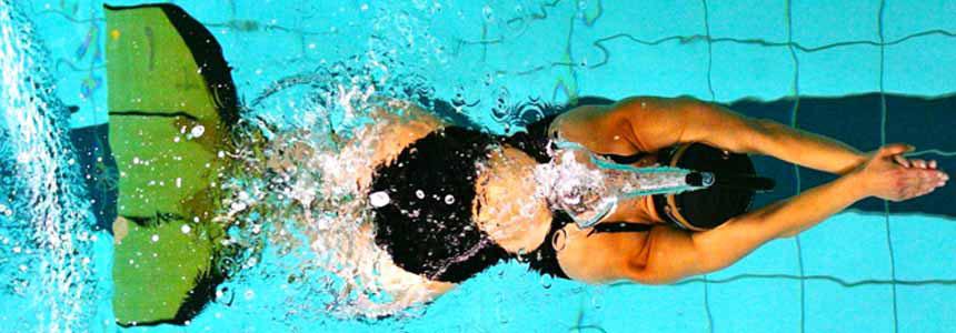 finswimmer_girl_fehervarynet